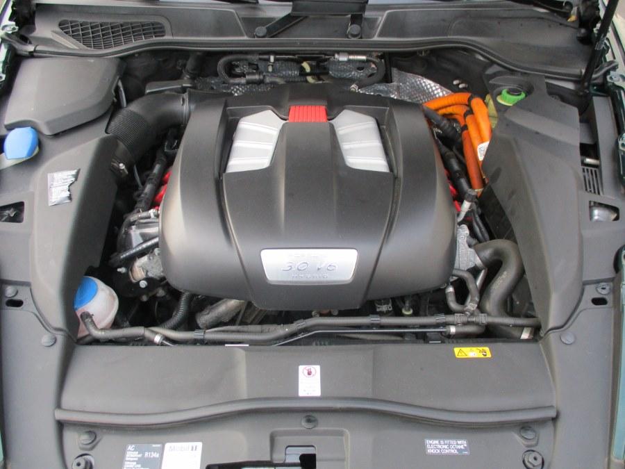 2013 Porsche Cayenne AWD 4dr S Hybrid, available for sale in Danbury, Connecticut   Performance Imports. Danbury, Connecticut