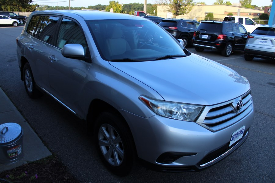 2013 Toyota Highlander 4WD 4dr V6 SE (Natl), available for sale in East Windsor, Connecticut | Century Auto And Truck. East Windsor, Connecticut