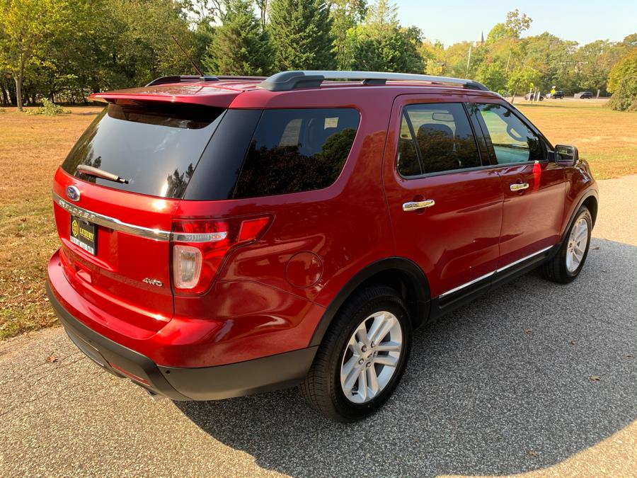 Used Ford Explorer 4WD 4dr XLT 2014 | Luxury Motor Club. Franklin Square, New York