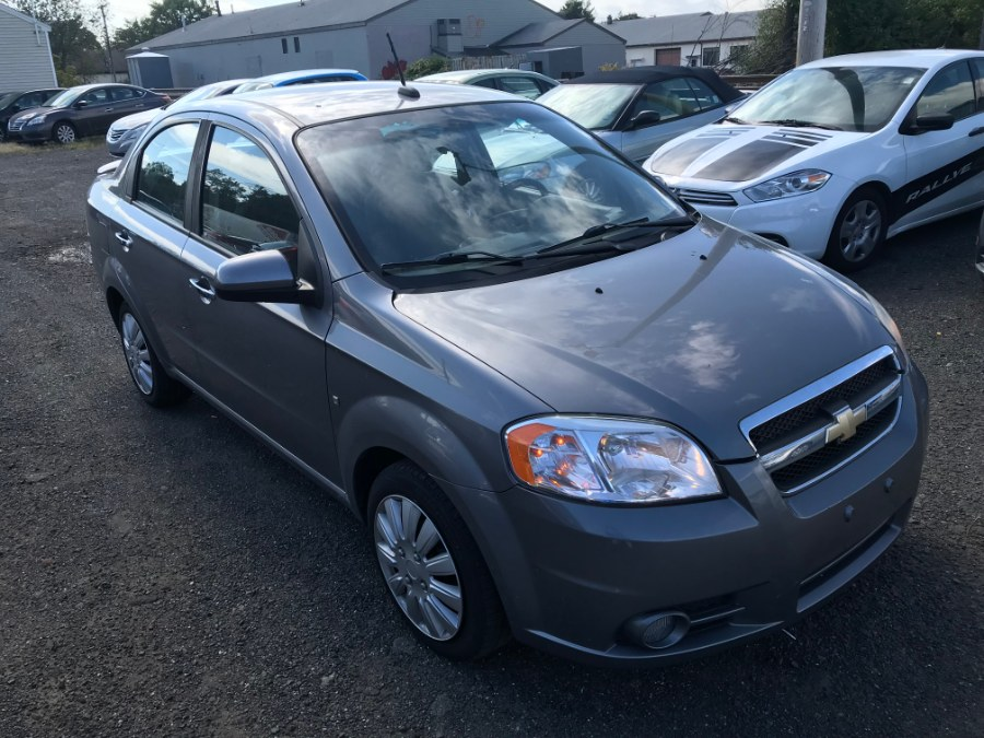Used Chevrolet Aveo 4dr Sdn LT w/2LT 2009 | Wallingford Auto Center LLC. Wallingford, Connecticut