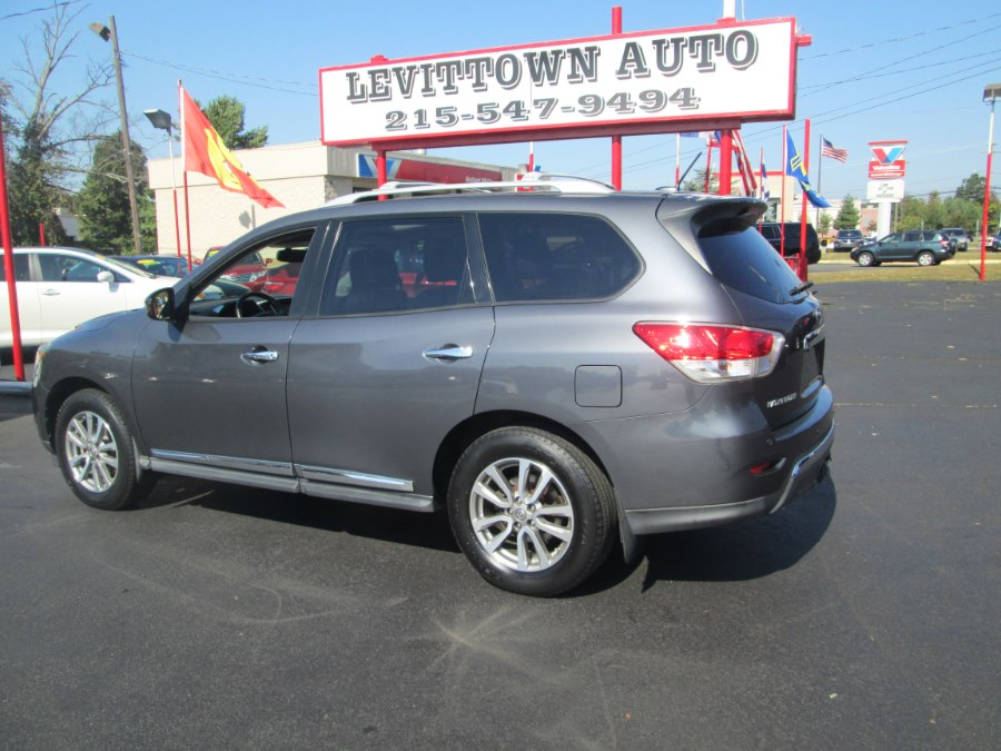 2013 Nissan Pathfinder 4WD 4dr SV, available for sale in Levittown, Pennsylvania | Levittown Auto. Levittown, Pennsylvania