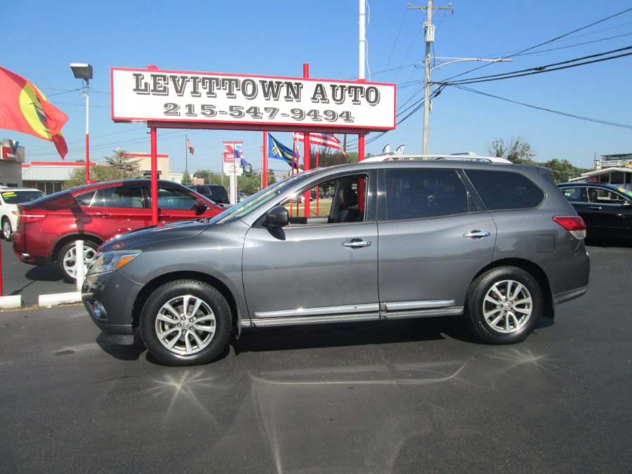 Used 2013 Nissan Pathfinder in Levittown, Pennsylvania | Levittown Auto. Levittown, Pennsylvania