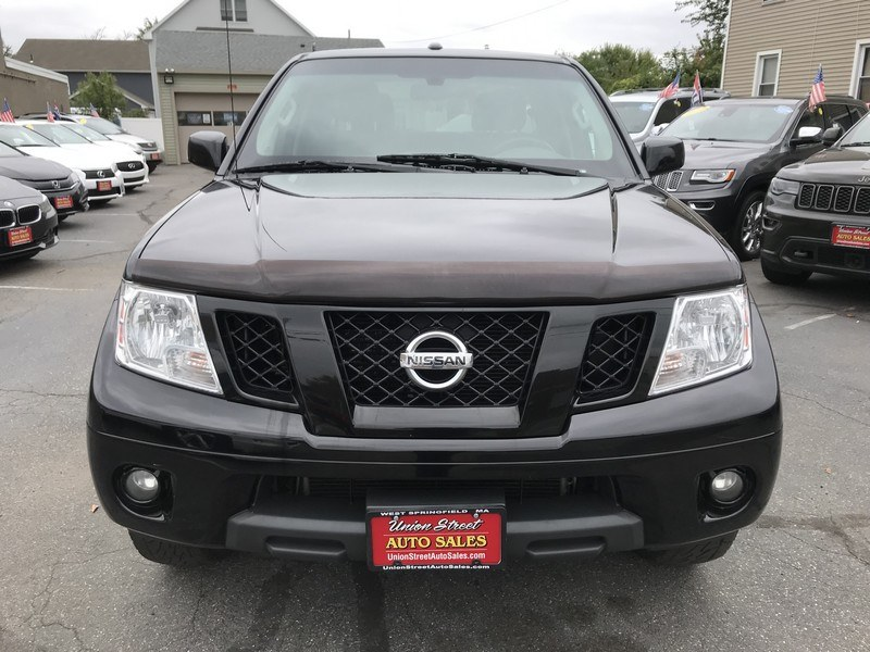 2012 Nissan Frontier 4WD Crew Cab SWB Auto PRO-4X, available for sale in West Springfield, Massachusetts | Union Street Auto Sales. West Springfield, Massachusetts