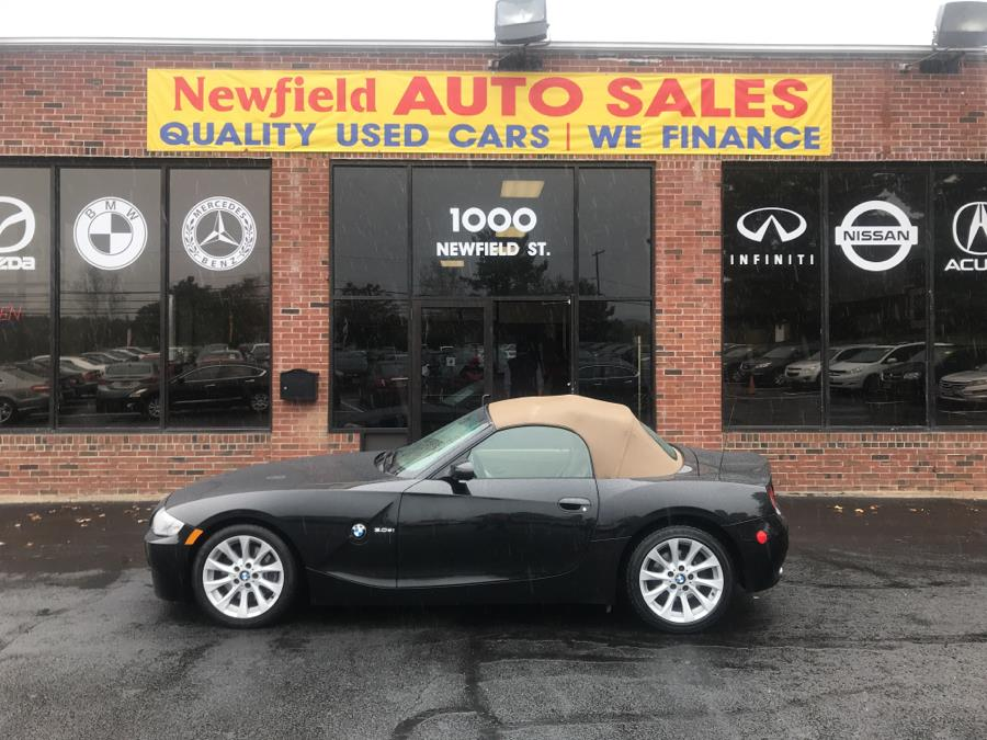 2006 BMW Z4 Z4 2dr Roadster 3.0si, available for sale in Middletown, Connecticut | Newfield Auto Sales. Middletown, Connecticut