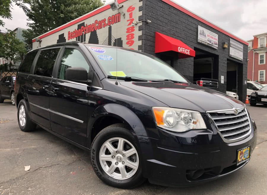 Used 2010 Chrysler Town & Country in Chelsea, Massachusetts | Boston Prime Cars Inc. Chelsea, Massachusetts