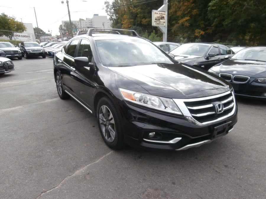 Used 2015 Honda Crosstour in Waterbury, Connecticut | Jim Juliani Motors. Waterbury, Connecticut
