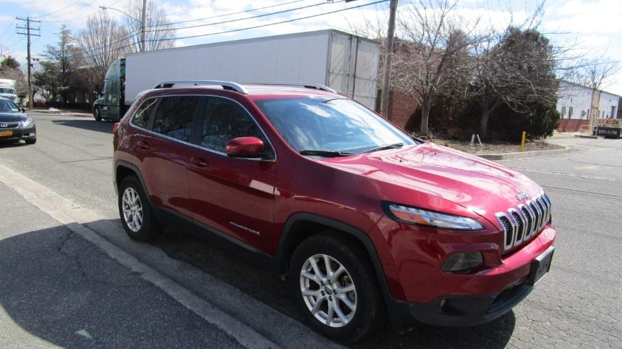 Used Jeep Cherokee Latitude 4x4 2017 | H & H Auto Sales. Hicksville, New York