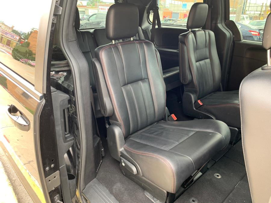 2018 Dodge Grand Caravan GT Wagon, available for sale in Brooklyn, NY
