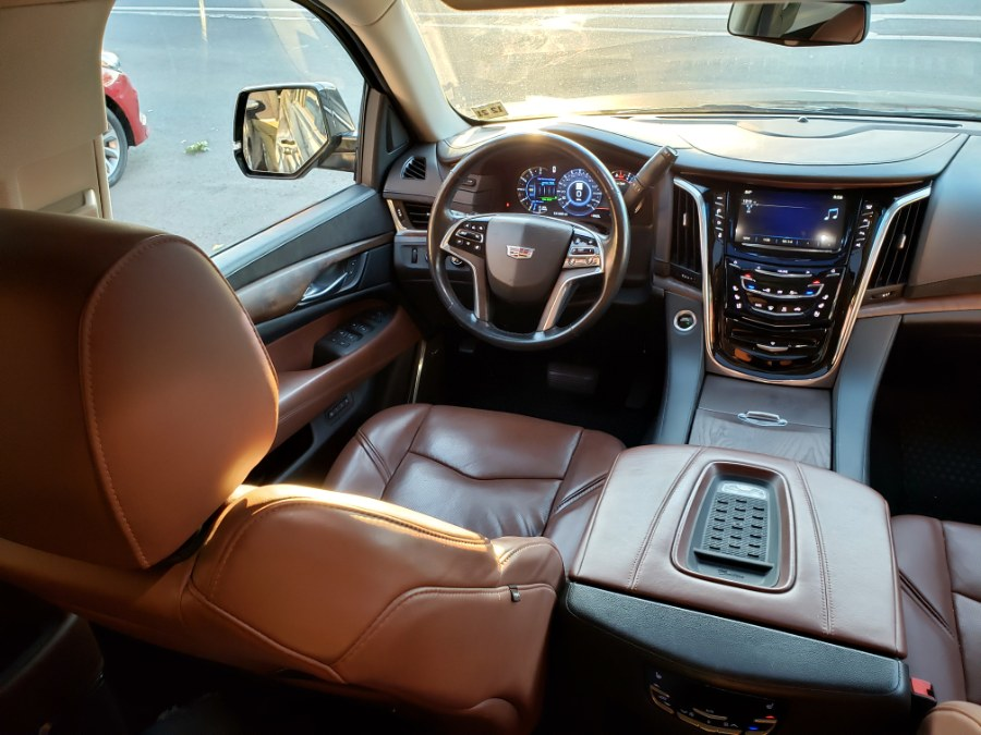2017 Cadillac Escalade ESV 4WD 4dr Luxury, available for sale in Brooklyn, New York | Rubber Bros Auto World. Brooklyn, New York