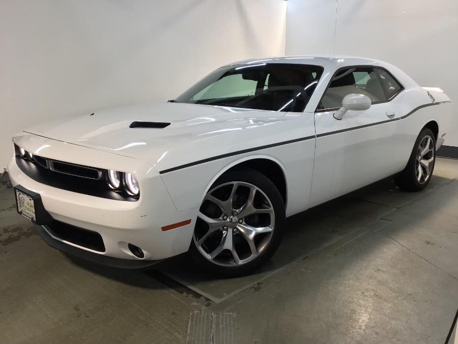 Used 2016 Dodge Challenger in Hillside, New Jersey | M Sport Motor Car. Hillside, New Jersey