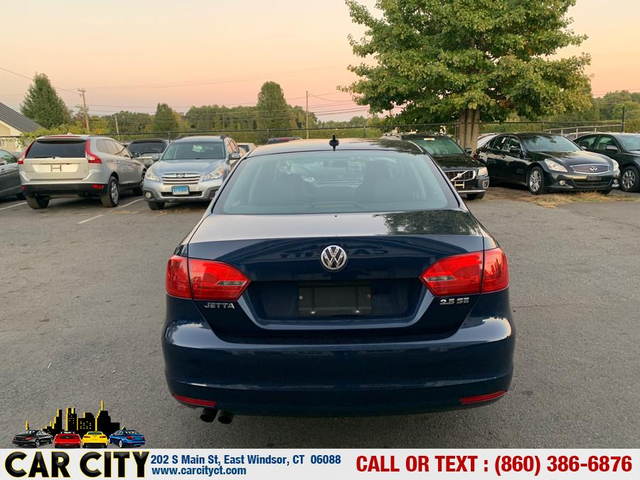 2012 Volkswagen Jetta Sedan 4dr Auto SE w/Convenience PZEV, available for sale in East Windsor, Connecticut | Car City LLC. East Windsor, Connecticut