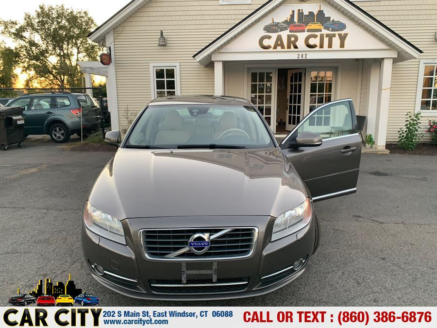 2012 Volvo S80 4dr Sdn 3.2L Premier Plus PZEV, available for sale in East Windsor, Connecticut | Car City LLC. East Windsor, Connecticut