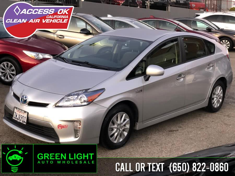 Used 2012 Toyota Prius Plug-In in Daly City, California | Green Light Auto Wholesale. Daly City, California