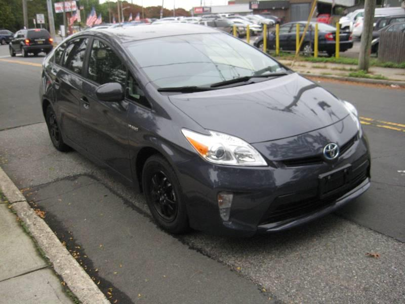 2014 Toyota Prius Two 4dr Hatchback, available for sale in Massapequa, New York | Rite Choice Auto Inc.. Massapequa, New York