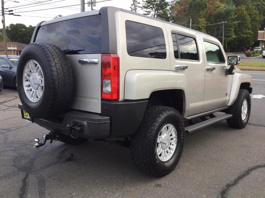 2009 HUMMER H3 4WD 4dr SUV Luxury, available for sale in Plantsville, Connecticut | L&S Automotive LLC. Plantsville, Connecticut