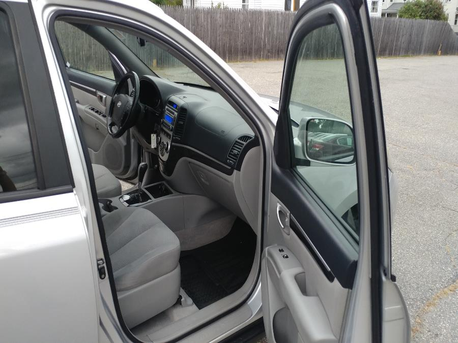 Used Hyundai Santa Fe AWD 4dr Auto SE w/XM 2007 | Matts Auto Mall LLC. Chicopee, Massachusetts