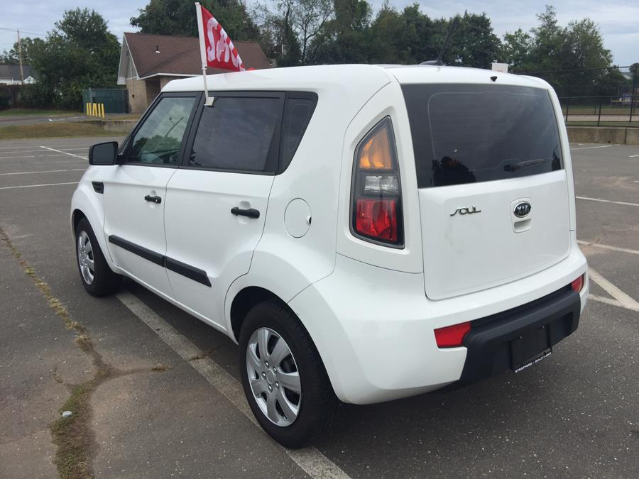2011 Kia Soul 5dr Wgn Man, available for sale in Stratford, Connecticut | Mike's Motors LLC. Stratford, Connecticut