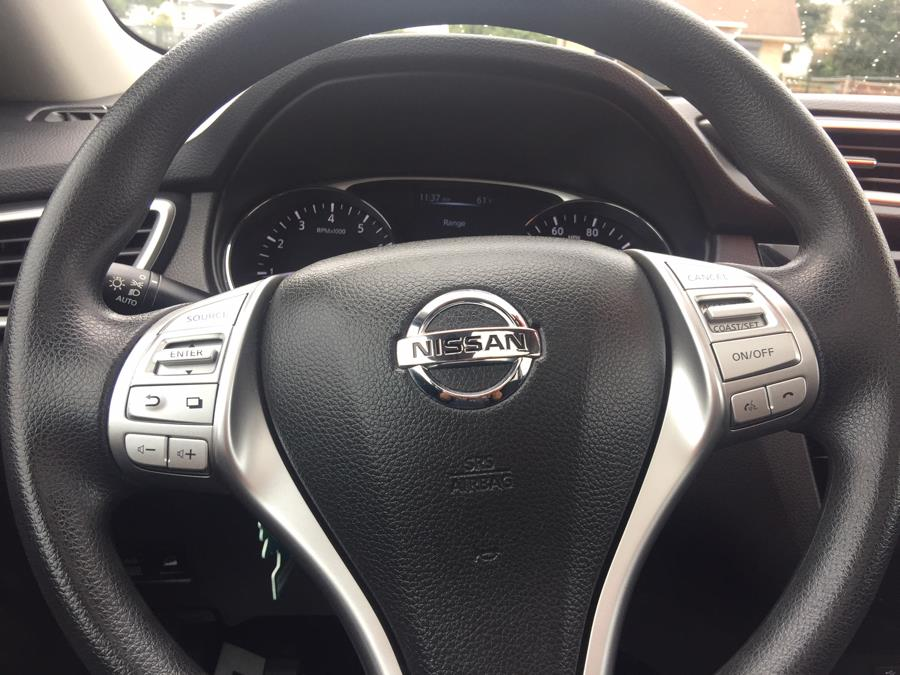 2015 Nissan Rogue AWD 4dr SV, available for sale in Stratford, Connecticut | Mike's Motors LLC. Stratford, Connecticut