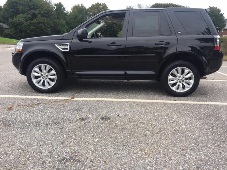 2013 Land Rover LR2 AWD 4dr HSE, available for sale in Stratford, Connecticut | Mike's Motors LLC. Stratford, Connecticut