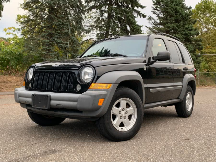 Used 2005 Jeep Liberty in Waterbury, Connecticut | Platinum Auto Care. Waterbury, Connecticut