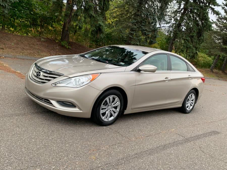 Used 2011 Hyundai Sonata in Waterbury, Connecticut | Platinum Auto Care. Waterbury, Connecticut