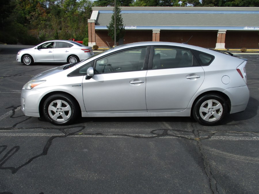 2010 Toyota Prius 5dr HB, available for sale in New Britain, Connecticut | Universal Motors LLC. New Britain, Connecticut
