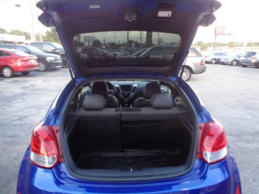 Used Hyundai Veloster 3dr Cpe Auto w/Black Int 2012 | Rahib Motors. Orlando, Florida
