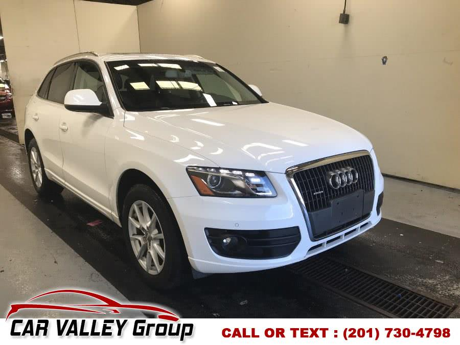 Used 2012 Audi Q5 in Jersey City, New Jersey | Car Valley Group. Jersey City, New Jersey