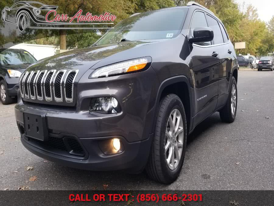 Used 2017 Jeep Cherokee in Delran, New Jersey | Carr Automotive. Delran, New Jersey