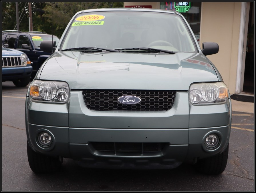2006 Ford Escape 4dr 3.0L Limited 4WD, available for sale in Huntington Station, New York | My Auto Inc.. Huntington Station, New York