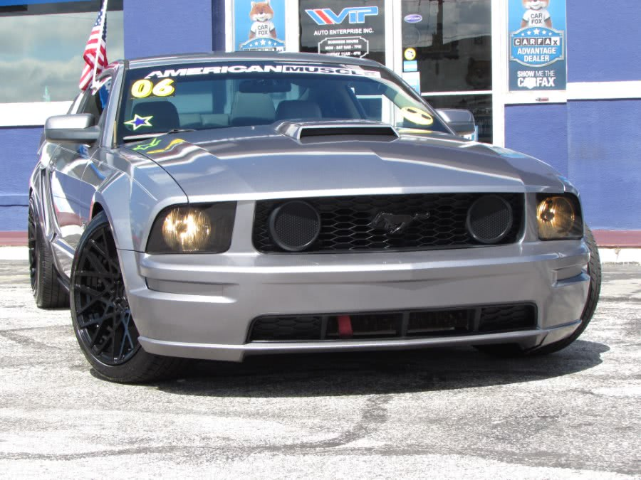 Used 2006 Ford Mustang in Orlando, Florida | VIP Auto Enterprise, Inc. Orlando, Florida
