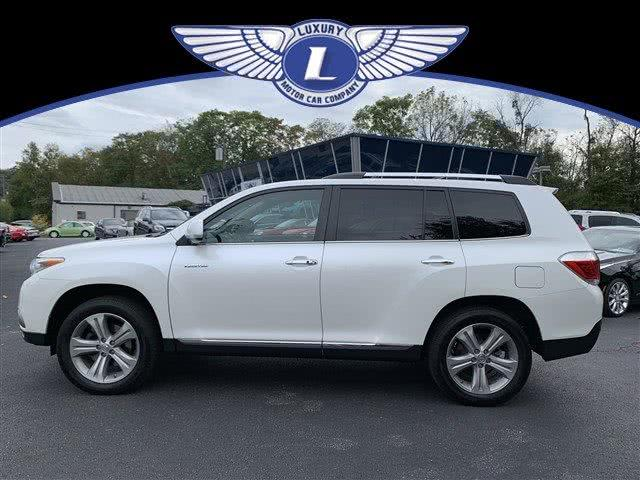 Used 2013 Toyota Highlander in Cincinnati, Ohio | Luxury Motor Car Company. Cincinnati, Ohio