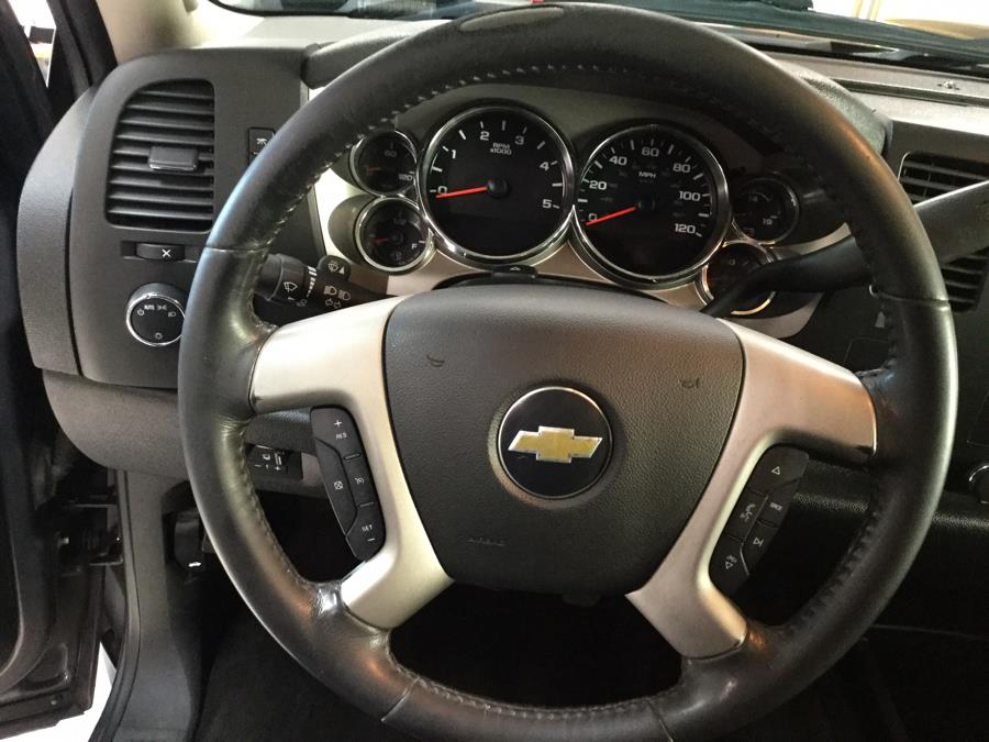 2011 Chevrolet Silverado 2500HD 4WD Crew Cab 153.7