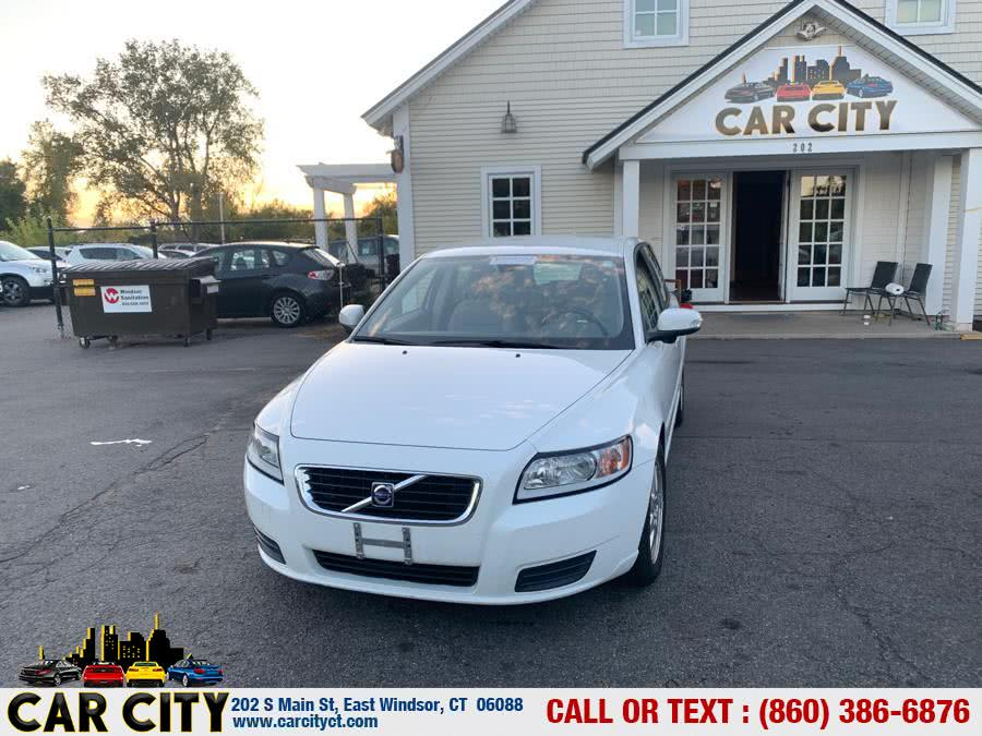 Used 2009 Volvo V50 in East Windsor, Connecticut | Car City LLC. East Windsor, Connecticut