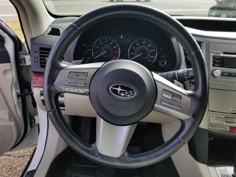 2011 Subaru Outback 4dr Wgn H4 Auto 2.5i Limited Pwr Moon, available for sale in Old Saybrook, Connecticut | Saybrook Leasing and Rental LLC. Old Saybrook, Connecticut