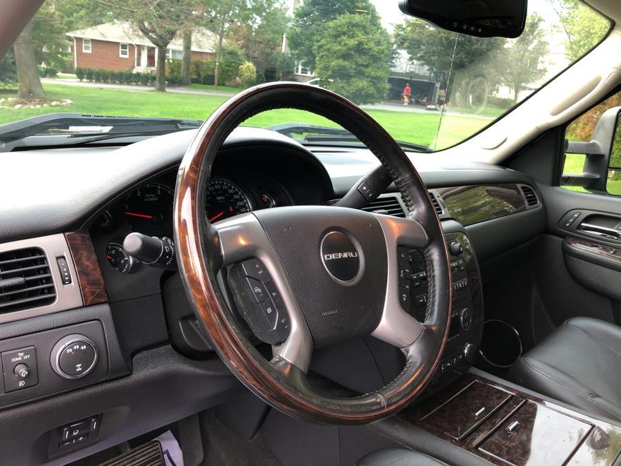 "Used GMC Sierra 3500HD 4WD Crew Cab 153.7"" SRW Denali 2014 | TNT Auto Sales USA inc. Bronx, New York"