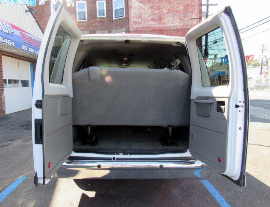 2013 Ford Econoline Wagon E-350 Super Duty Ext XL, available for sale in Paterson, New Jersey | MFG Prestige Auto Group. Paterson, New Jersey