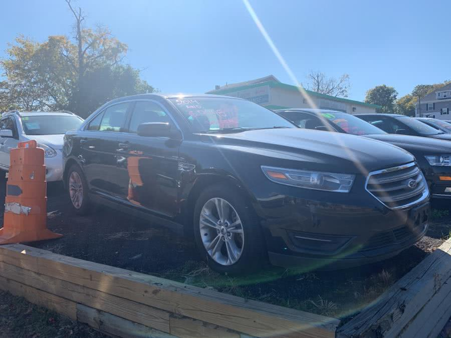 Used 2014 Ford Taurus in Danbury, Connecticut | Car City of Danbury, LLC. Danbury, Connecticut