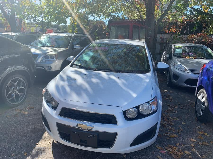 2015 Chevrolet Sonic 5dr HB Auto LT, available for sale in Danbury, CT