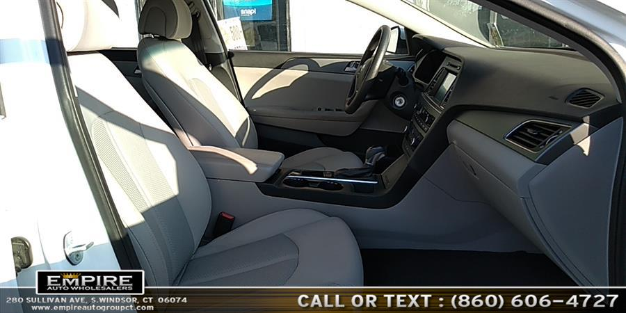 2016 Hyundai Sonata SE, available for sale in S.Windsor, Connecticut | Empire Auto Wholesalers. S.Windsor, Connecticut