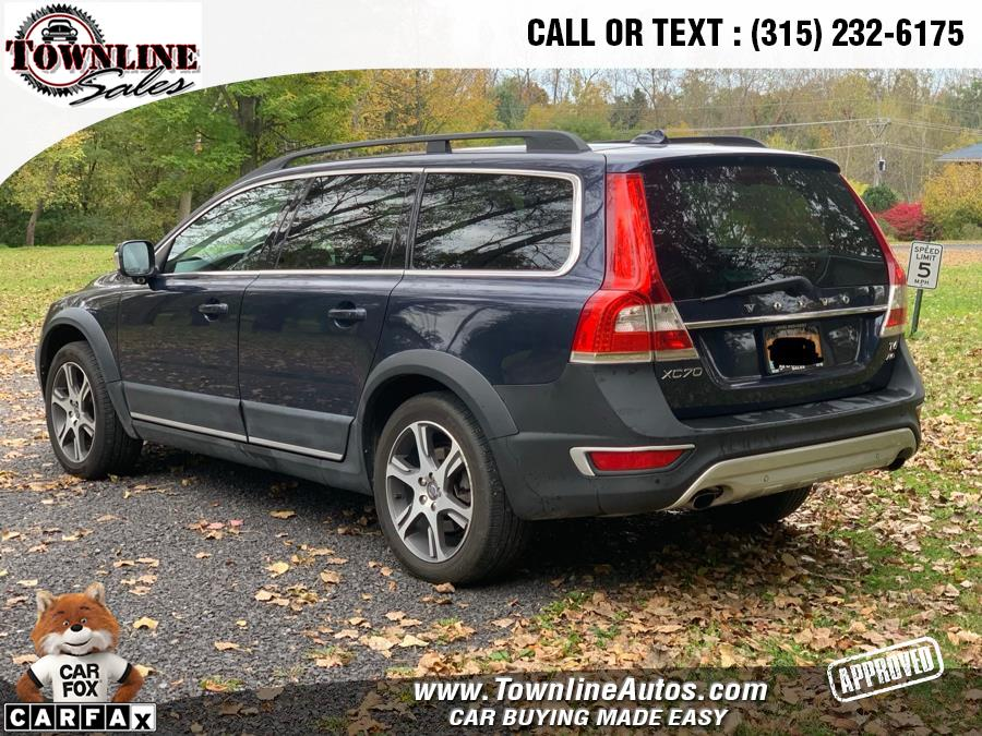 2015 Volvo XC70 2015.5 AWD 4dr Wgn T6, available for sale in Wolcott, New York | Townline Sales LLC. Wolcott, New York