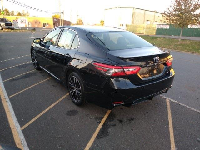 2018 Toyota Camry SE, available for sale in New Britain, Connecticut | Prestige Auto Cars LLC. New Britain, Connecticut