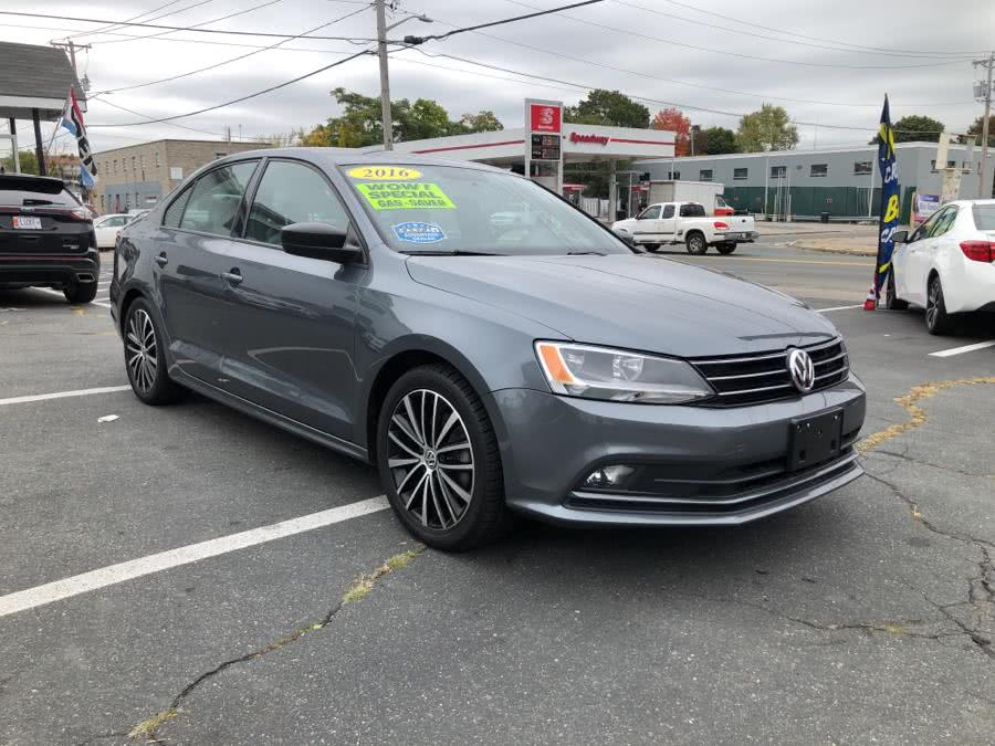 Used Volkswagen Jetta Sedan 4DR AUTO 1.8T SPORT PZEV 2016 | Champion City Motors. Brockton, Massachusetts