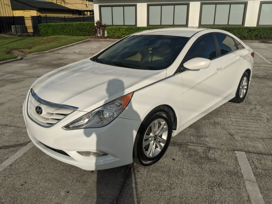 Used 2013 Hyundai Sonata in Orlando, Florida | 2 Car Pros. Orlando, Florida