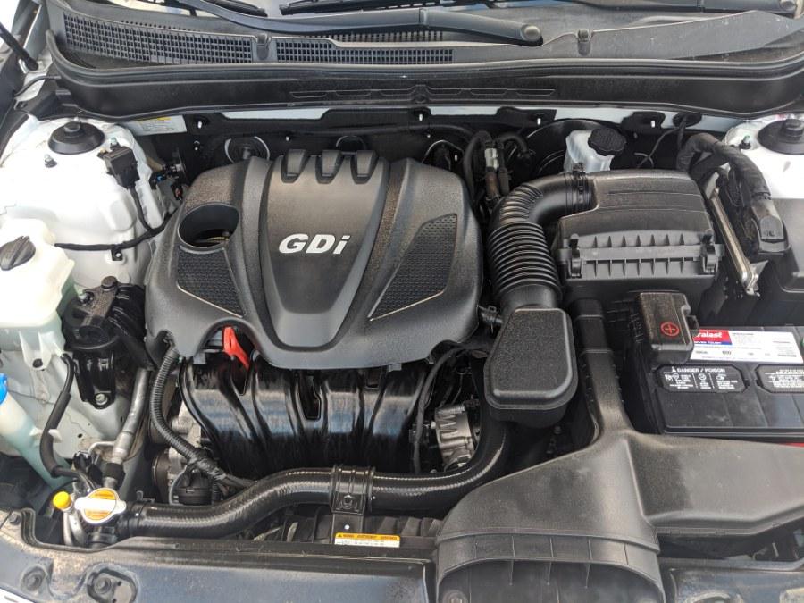 Used Kia Optima 4dr Sdn 2.4L Auto LX 2011 | 2 Car Pros. Orlando, Florida