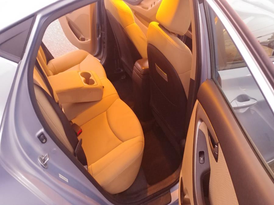 Used Hyundai Elantra 4dr Sdn Auto Limited 2012 | Matts Auto Mall LLC. Chicopee, Massachusetts
