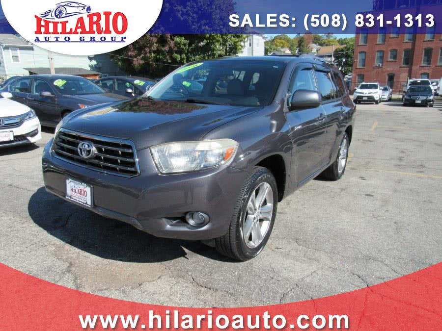 Used 2008 Toyota Highlander in Worcester, Massachusetts | Hilario's Auto Sales Inc.. Worcester, Massachusetts