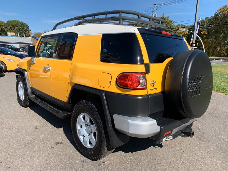 2007 Toyota FJ Cruiser 4WD 4dr Auto (Natl), available for sale in South Windsor, Connecticut | Mike And Tony Auto Sales, Inc. South Windsor, Connecticut