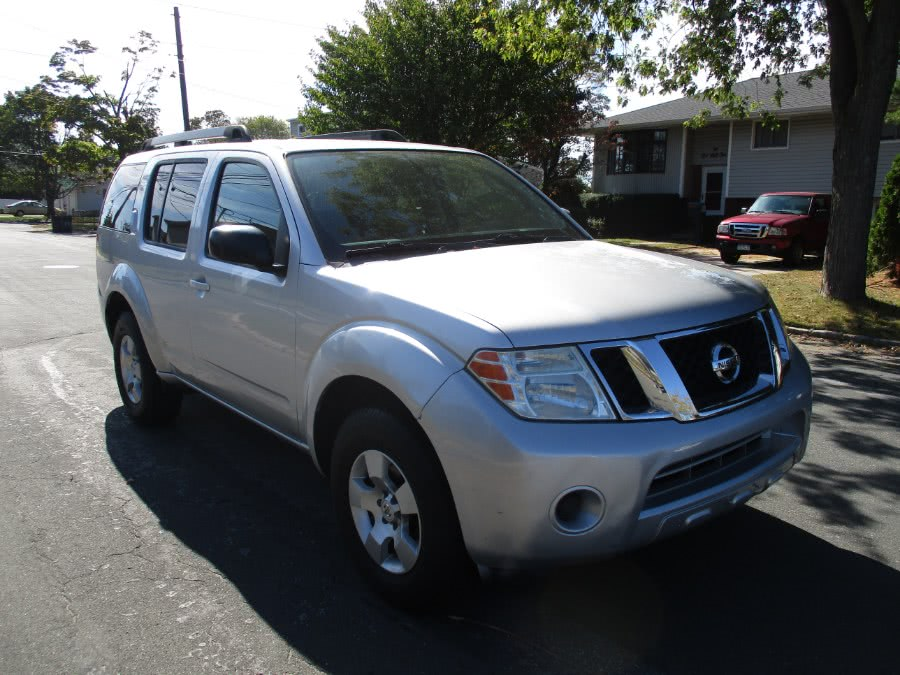 Used 2010 Nissan Pathfinder in West Babylon, New York | New Gen Auto Group . West Babylon, New York