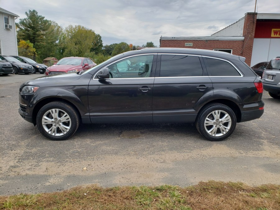 2009 Audi Q7 3.6 Quattro Navi 3rd Row Panoramic Roof LOADED, available for sale in East Windsor, Connecticut | Toro Auto. East Windsor, Connecticut